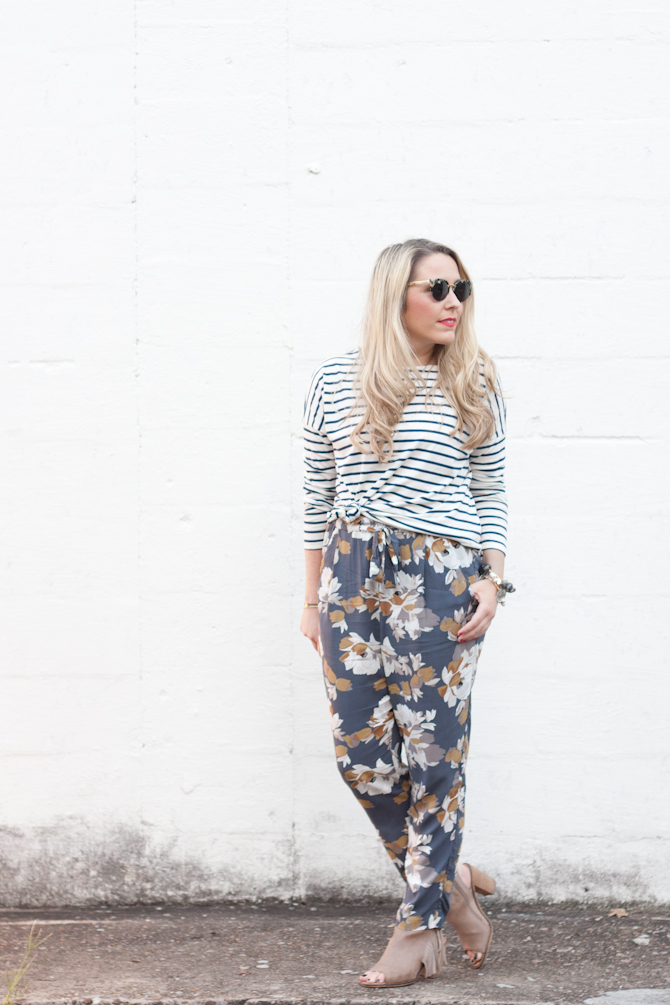 Mixed Prints from Old Navy on www.pearlsandtwirls.net