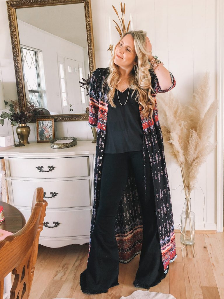 Things to Stop Saying by popular Nashville lifestyle blog, Pearls and Twirls: image of a woman wearing a Amazon kimono and Show me Your Mumu bellbottom pants.
